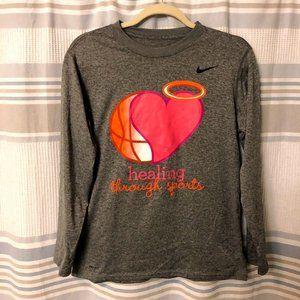 NWOT Nike Dri Fit Gray Long Sleeve Shirt Boys XL